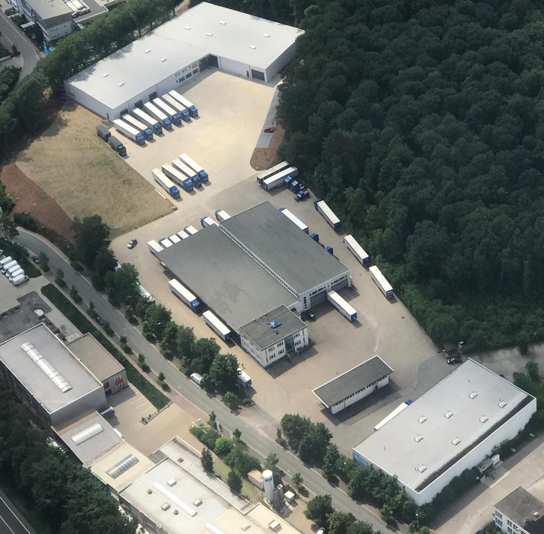 Luftaufnahme des Unternehmens